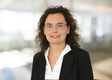 Dr. Patricia Sirchich von Kis-Sira, Rechtsanwältin
