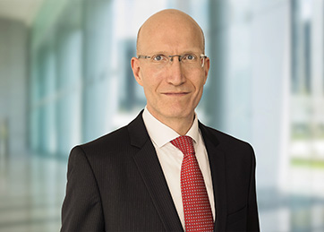 Oliver Bach, Senior Manager, Advisory Services,<br>Corporate Finance