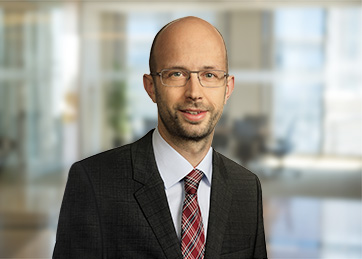 Lars Günther, Certified Tax Consultant, Partner<br>Tax & Legal